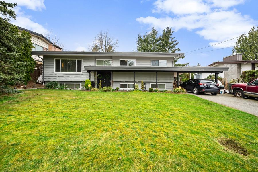 32591 HOLLYWOOD AVE. ABBOTSFORD